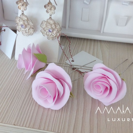 Polymer clay roses in hairstyle