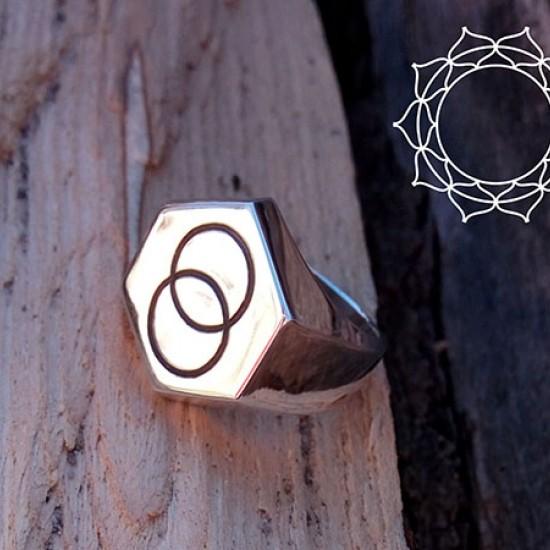 Men's ring with individual engraving