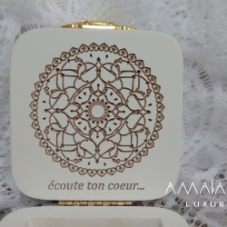 """Wooden jewelry box """"écoute ton coeur ..."""""""