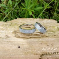 Wedding rings with diamond texture