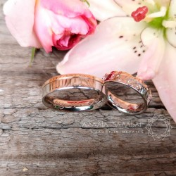Exclusive wedding rings with patterns